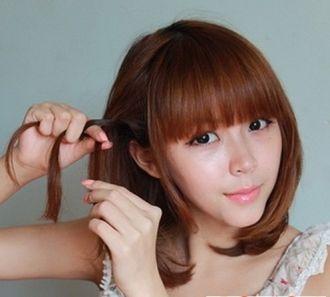 Các bước tạo 2 kiểu tóc cực đẹp đơn giản cho bạn gái