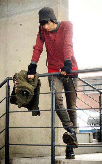 Những mẫu quần jean 'đỉnh' mang phong cách Hàn Quốc