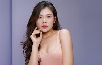 Hot Girl Chúng Huyền Thanh – Cô gái có làn da trắng gợi cảm