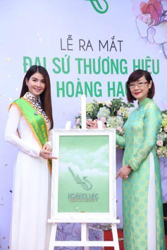 Kha Ly chính thức là đại sứ thương hiệu TTTM Hoàng Hạc nổi tiếng