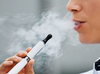 Thuốc lá điện tử (E-cigarettes) có thể gây tổn hại đến ADN như thuốc lá truyền thống