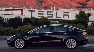 Elon Musk mua lại tên miền anh sử dụng lúc khởi nghiệp và để đó