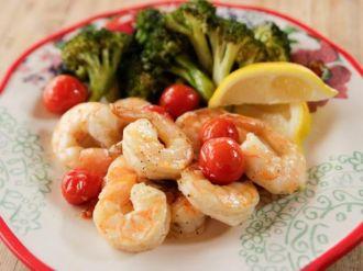 Những loại thực phẩm càng ăn càng ho nặng gây nguy hiểm