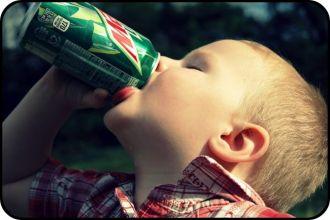 Mẹo giúp trẻ từ bỏ nước ngọt có gas các mẹ nên biết
