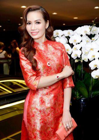 Á hậu 2 tái ngộ diễn viên Trần Bảo Sơn tại sự kiện