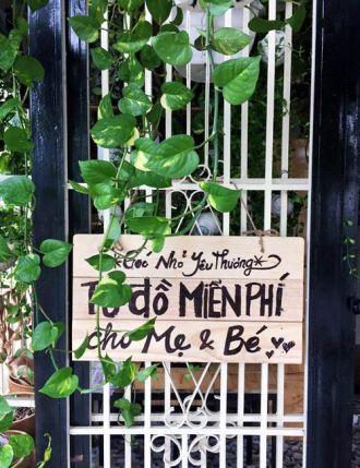 Bà mẹ Sài Gòn làm tủ đồ miễn phí dành cho mẹ và bé sơ sinh