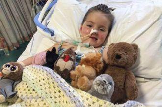 Cô bé 6 tuổi bị liệt toàn bộ cơ thể vì căn bệnh lạ
