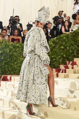 Cuộc chiến lại đến từ Rihanna và Katy Perry