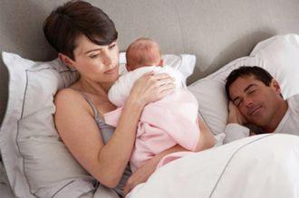 Mê mẩn cách chăm da trắng mịn của bà mẹ một con