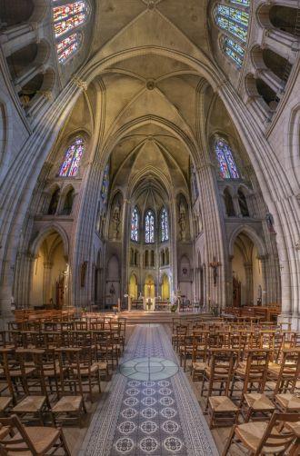 Paris - xứ sở của nhà thờ siêu lãng mạn