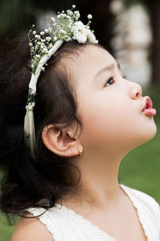 Vẻ đẹp thiên thần của con gái Jennifer Phạm