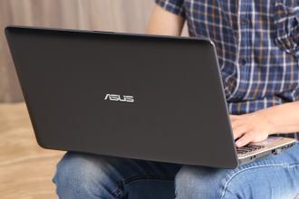 """""""Điểm mặt gọi tên"""" 3 laptop giá gần 11 triệu đáng mua"""