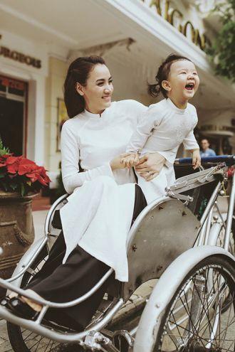 Con gái Trang Nhung gây ngỡ ngàng vì quá dễ thương