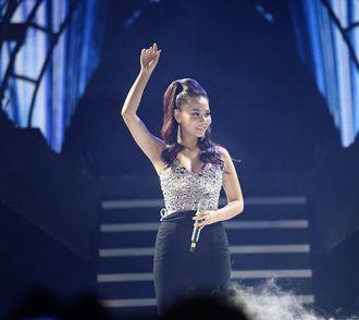 Sơn Tùng, Thu Minh lần đầu đứng chung sân khấu