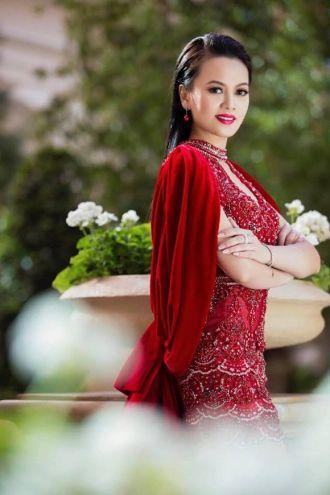 Ngắm vẻ đẹp trẻ trung của Hoa hậu Thanh Hương