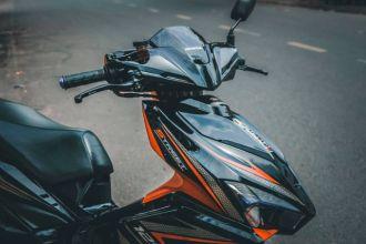 Air Blade độ chọn tông màu Orange & Black đẹp bá cháy