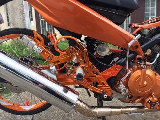 Raider 150 cơn lốc màu da cam của biker nước bạn
